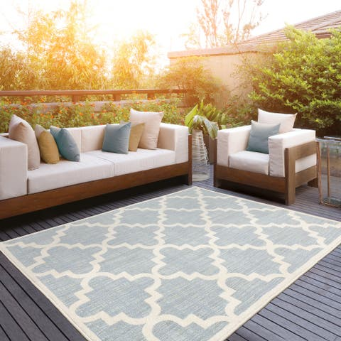 Pelican Faded Lattice Blue/ Ivory Mixed Pile Indoor/ Outdoor Area Rug by Havenside Home