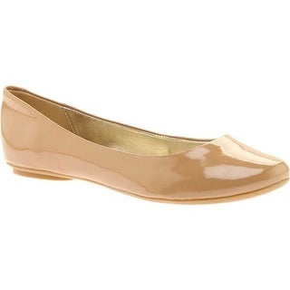 Kenneth Cole Reaction Women's Slip On By Flat Camel Patent Leather