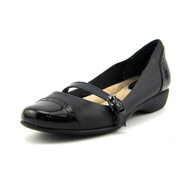 Giani Bernini Aubree Women  Round Toe Leather Black Mary Janes