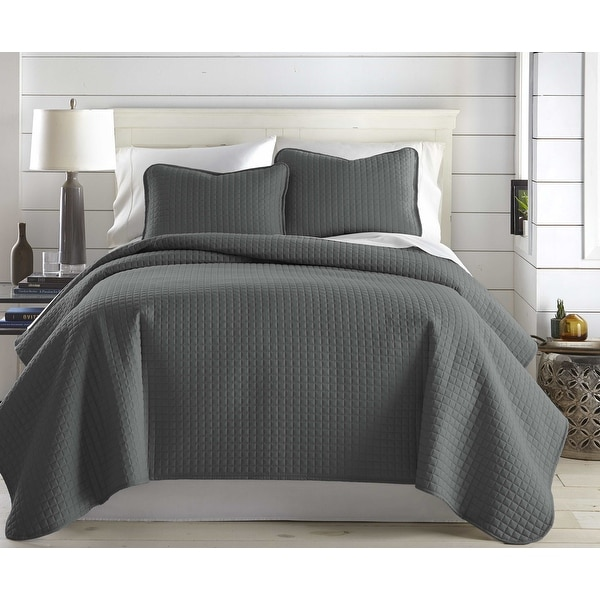 Oversized Solid 3-piece Quilt Set by Southshore Fine Linens. Opens flyout.