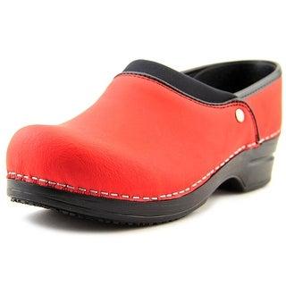Sanita Ryland Round Toe Leather Nursing & Medical Shoe