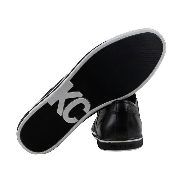 Kenneth Cole New York Initial Step Mens