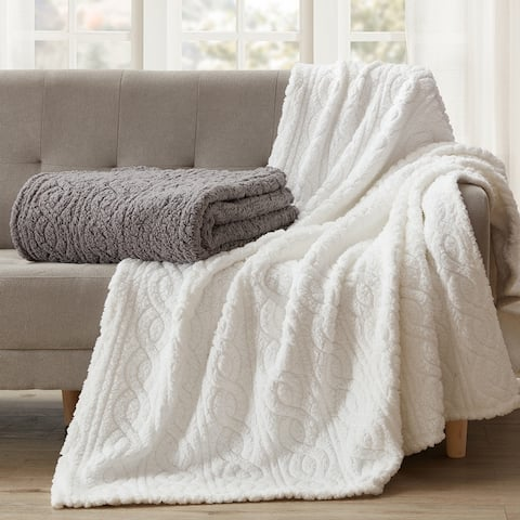 Bethany Sculpted Braid Sherpa Throw