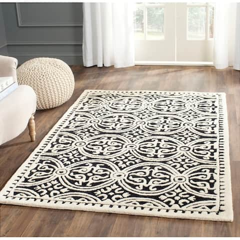 SAFAVIEH Handmade Cambridge Myrtis Moroccan Wool Rug