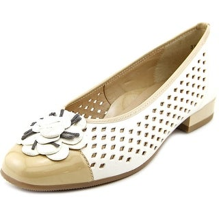 Ara Blossom N/S Round Toe Patent Leather Flats