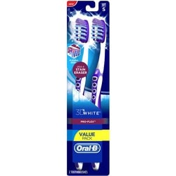 Oral-B 3D White Pro-Flex Toothbrush Full Head, Soft 2 ea