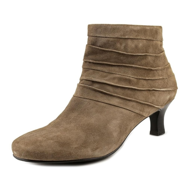 Array Tonya Women Taupe Boots