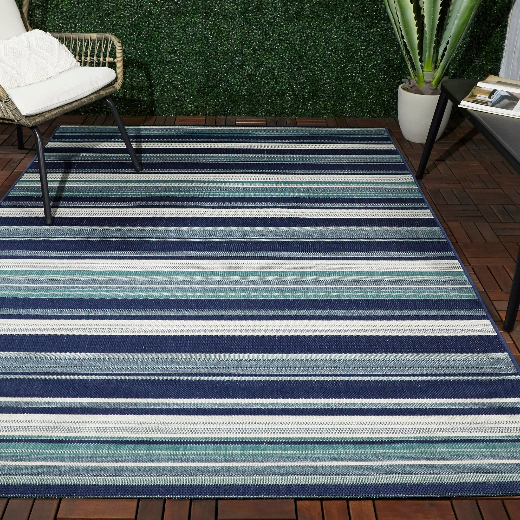 Shop For Lloyd Striped Indoor Outdoor Area Rug Get Free Delivery On Everything At Overstock Your Online Home Decor Store Get 5 In Rewards With Club O 32415311