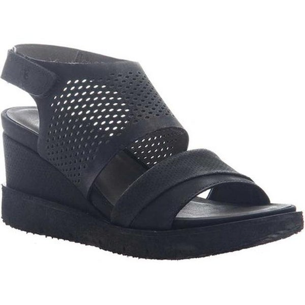 c6c88094495 Shop OTBT Women s Milky Way Heeled Sandal Black Leather - Free Shipping  Today - Overstock.com - 20747104