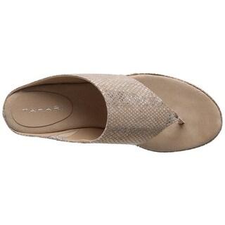 Tahari Womens TA-Mindy Split Toe Casual T-Strap Sandals