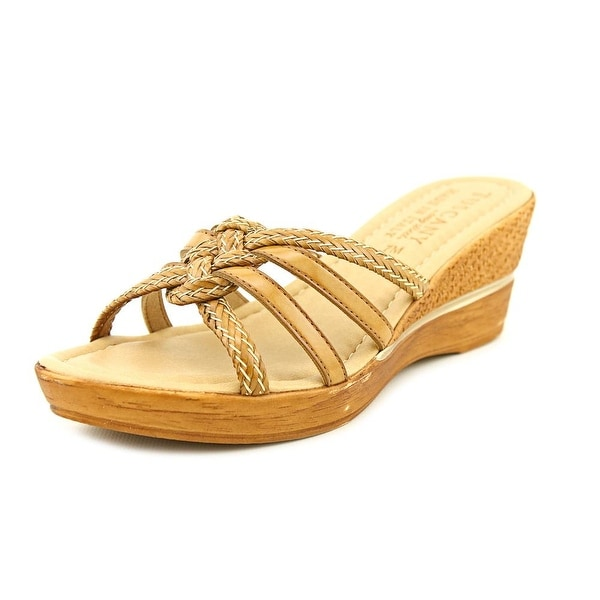 Easy Street Sorano Womens Tan Sandals
