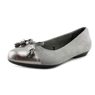 London Fog Standard Women Round Toe Patent Leather Gray Flats