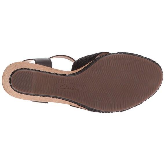 2b06505eede3 Shop Clarks Women s Helio Latitude Wedge Sandal - Free Shipping On Orders  Over  45 - Overstock - 17595098