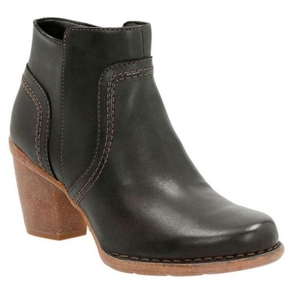 99e52de8760 Clarks Women  x27 s Carleta Paris Ankle Bootie Black Cow Full Grain Leather