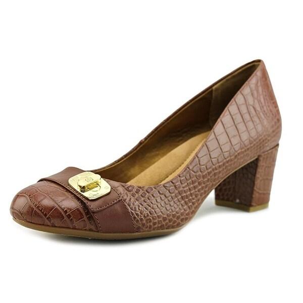 Giani Bernini Lorenn Women Round Toe Leather Tan Heels