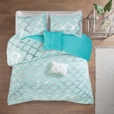 Intelligent Design Kaylee Metallic Printed Duvet Cover Set