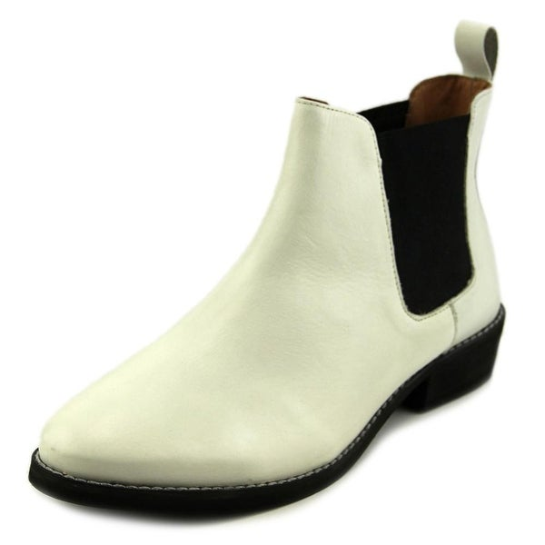 Eight Second Angel Caroline Chelsea Boot White Boots