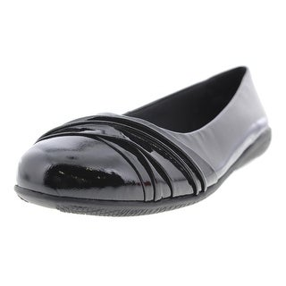 Walking Cradles Womens Flick Patent Leather Pleated Ballet Flats - 8.5 medium (b,m)