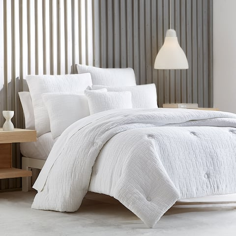 Five Queens Court Sheldon White Comforter Set