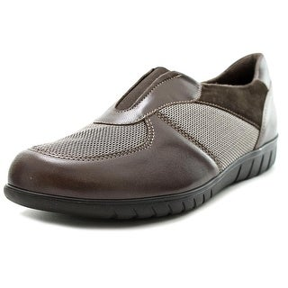 Munro American Olympia Women SS Round Toe Leather Brown Loafer