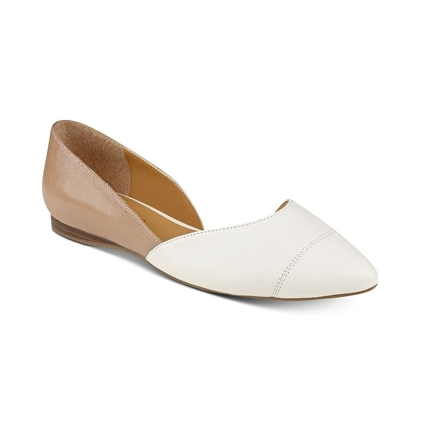 66f7245e1 Shop Tommy Hilfiger Womens Naria 2 Leather Pointed Toe Ballet Flats ...