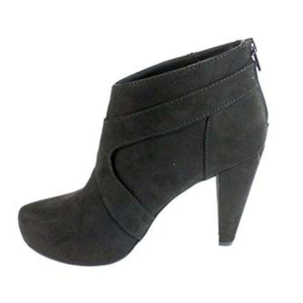 G by Guess Womens TALKA Suede Round Toe Ankle Fashion Boots