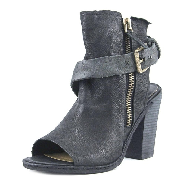 Dolce Vita North Women Open Toe Leather Black Platform Sandal