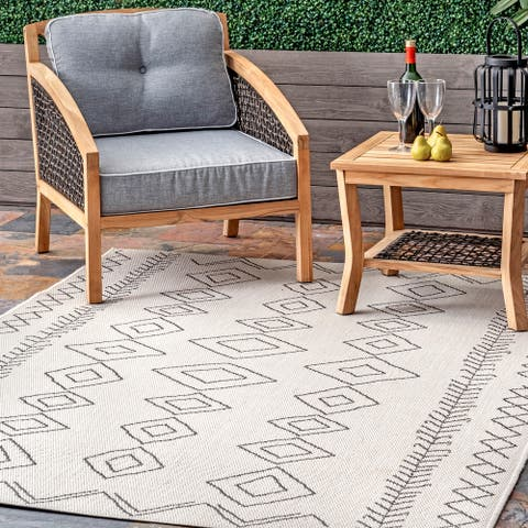 nuLOOM Serna Indoor/Outdoor Area Rug