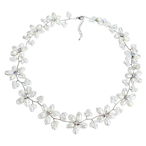 Handmade Intricate White Pearl Flower Link Necklace (Thailand)