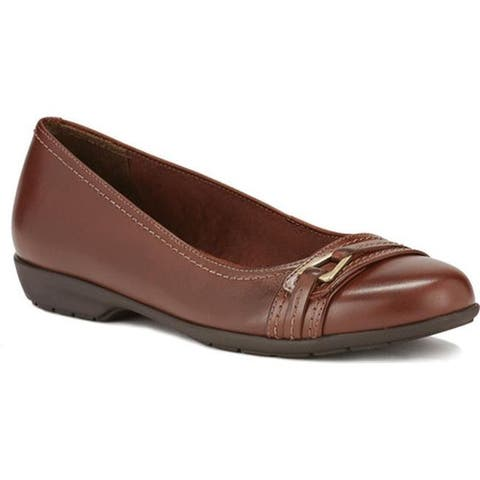 Walking Cradles Women's Flynn Ballet Flat Tobacco Leather