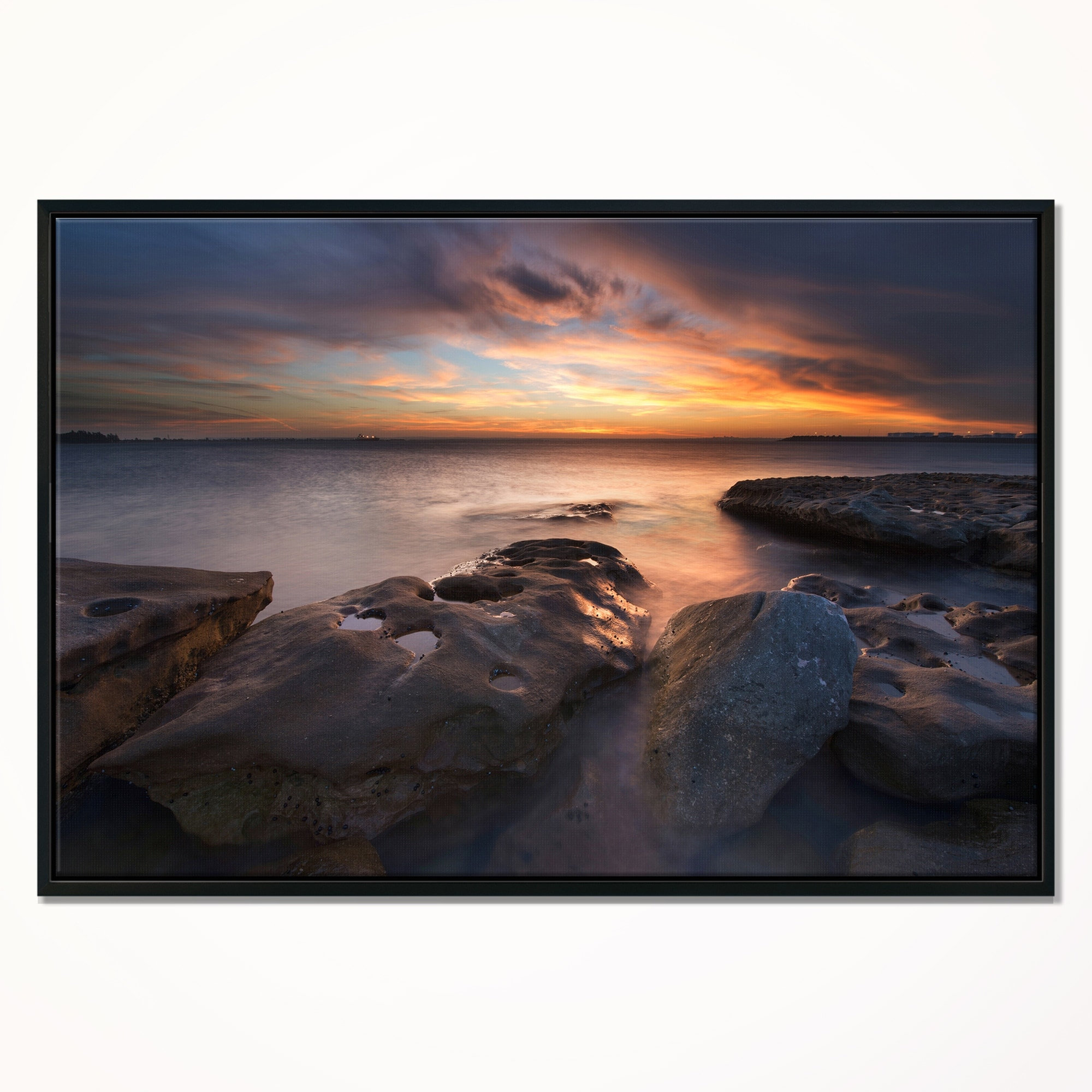 Designart Dark La Perouse Beach In Sydney Large Seashore Framed Canvas Print Overstock 18956758