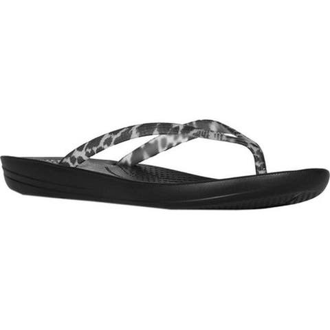 d91db46e8b21 FitFlop Women s iQushion Ergonomic Flip-Flop Black Leopard