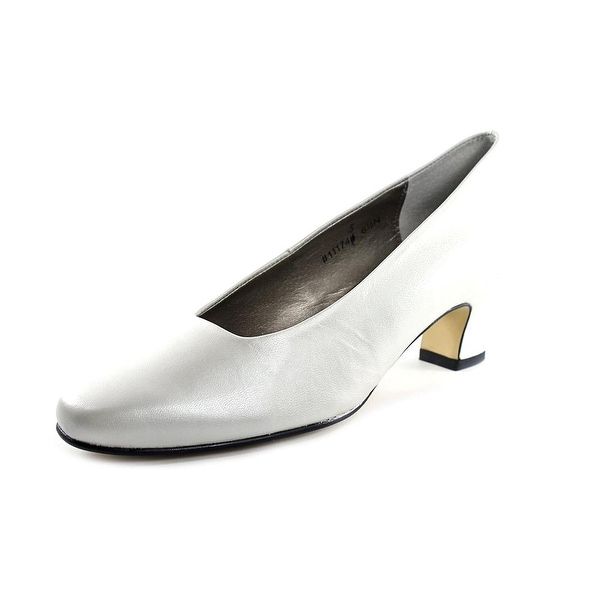 Mark Lemp By Walking Cradles Vicki Women White Pearl Pumps