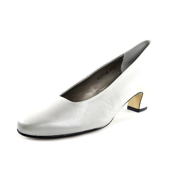 Mark Lemp By Walking Cradles Vicki White Pearl Pumps