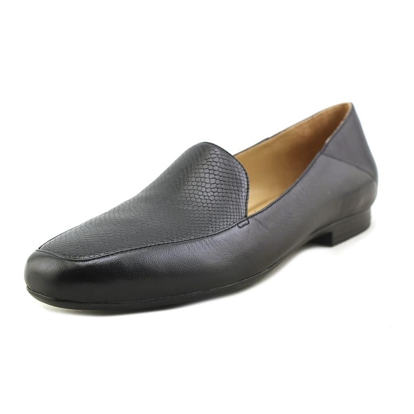 NaturalSoul by Naturalizer Kate Black Loafers