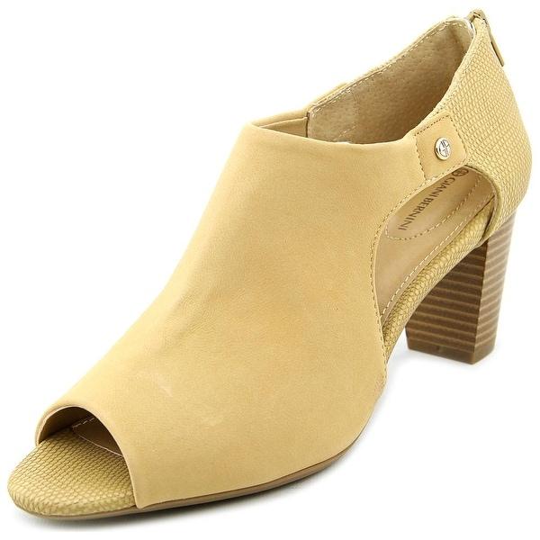 Giani Bernini Menaa Women Open Toe Synthetic Nude Sandals