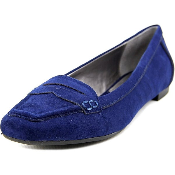 Adrienne Vittadini Blaker Women  Apron Toe Suede Blue Loafer