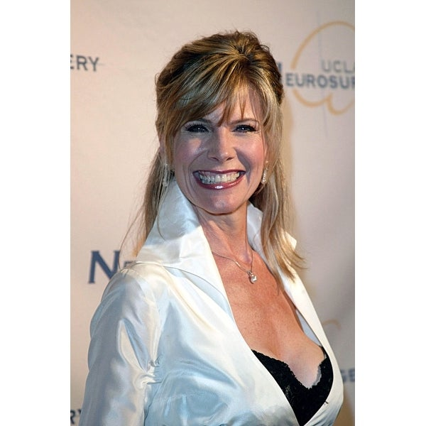 Shop Debby Boone At Arrivals For Ucla Visionary Ball And
