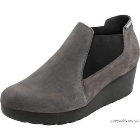Mephisto Womens Marly Suede Closed Toe Clogs