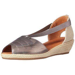 Gentle Souls Women's Luci Wedge Pump