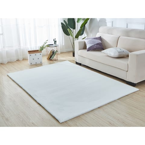Lily Luxury Chinchilla Faux Fur Rectangular Area Rug