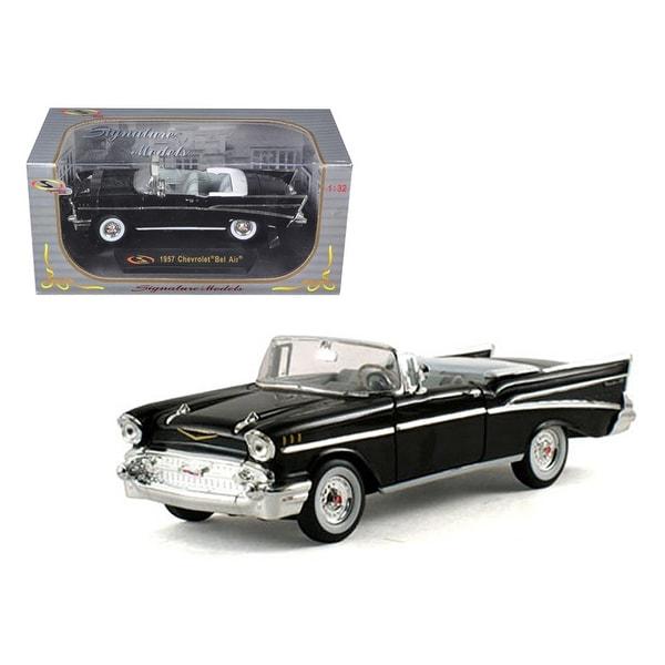 shop 1957 chevrolet bel air convertible black 1 32 diecast model car by signature models free. Black Bedroom Furniture Sets. Home Design Ideas
