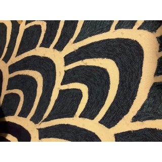 """Hand-hooked Indoor/ Outdoor Capri Blue/ Multi Rug (7'6 x 9'6) - 7'6"""" x 9'6"""""""