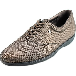 Easy Spirit Motion N/S Round Toe Leather Sneakers
