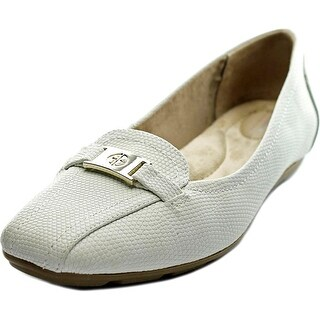 Giani Bernini Jileese Women Bicycle Toe Synthetic Ivory Loafer