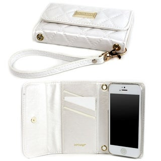 JAVOedge Vintage Quilted Wallet Case for the Apple iPhone 5s, iPhone 5 (White) - White