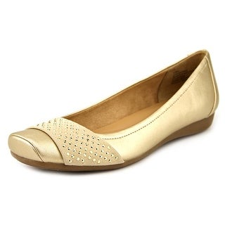 Naturalizer Vine Women W Round Toe Synthetic Gold Flats