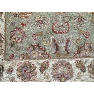 Safavieh Handmade Heritage Traditional Kerman Green/ Gold Wool Rug (5' x 8')