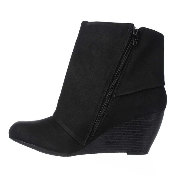 American Rag Womens Coreene Closed Toe Ankle Fashion Boots