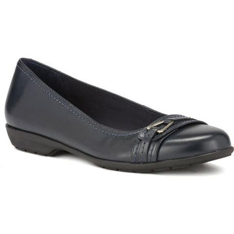 Walking Cradles Women's Flynn Ballet Flat Navy Leather